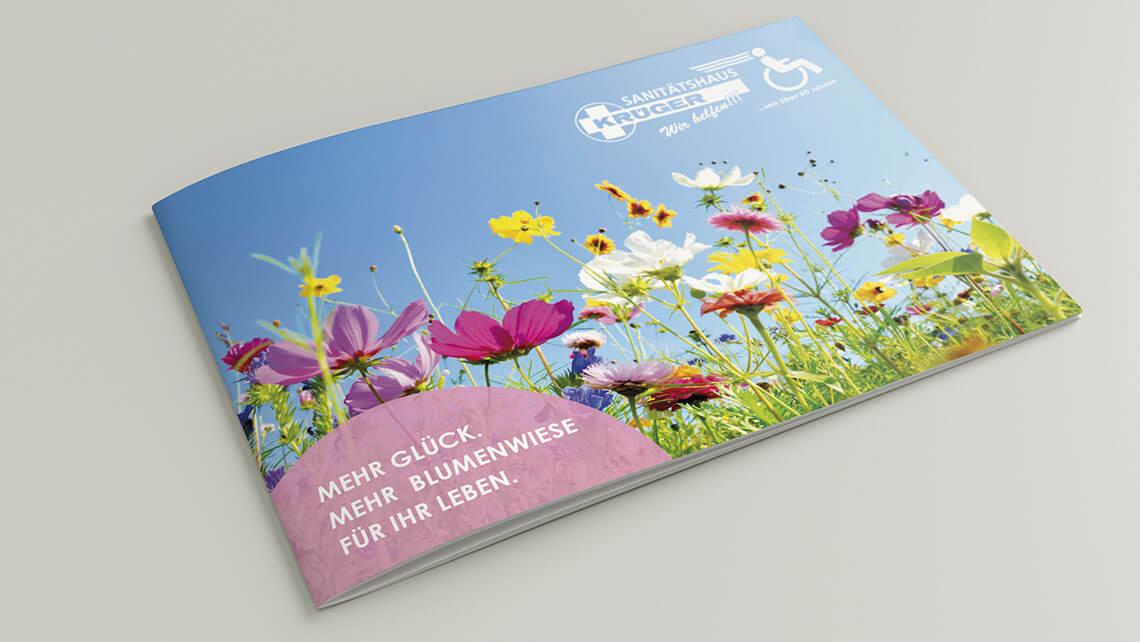 KFS STUDIO Referenzen – Broschüre für das Sanitätshaus Krüger. Wir bringen soziale Einrichtungen einfühlsam zur Werbebotschaft.